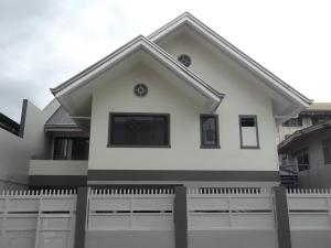 RESIDENTIAL HOUSE, MAKATI CITY